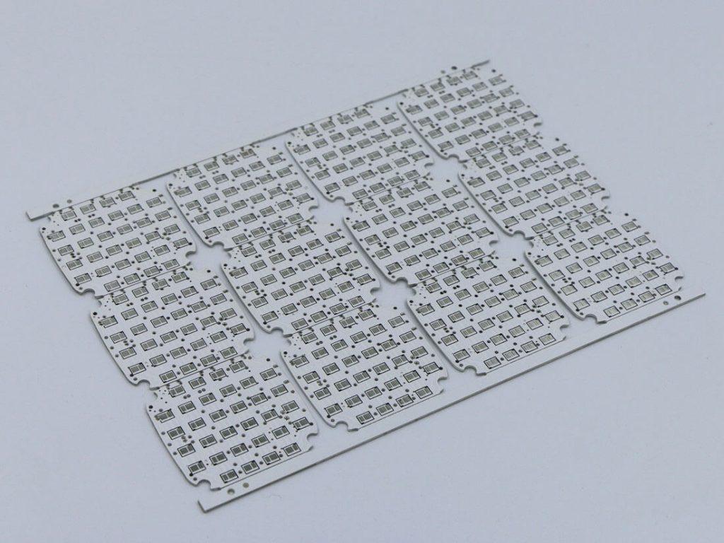 white solder mask alumnium pcb